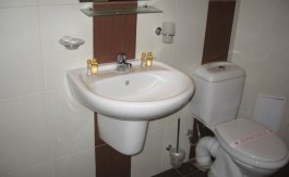 -Adeona Furnished Penthouse 1 bed